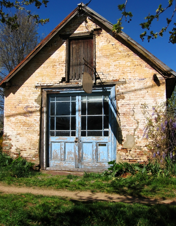 industrial ruins: Old house at Australia Editorial