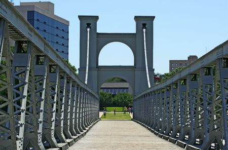 suspension bridge that cross brazos river in waco, texas, united states
