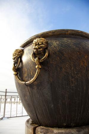 cilindro: antigua cilindro de cobre