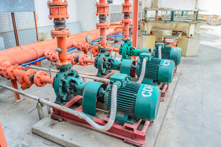 chiller: chiller water pump with pressure gauge
