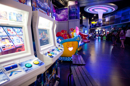 s video: interior of the electronic games centre