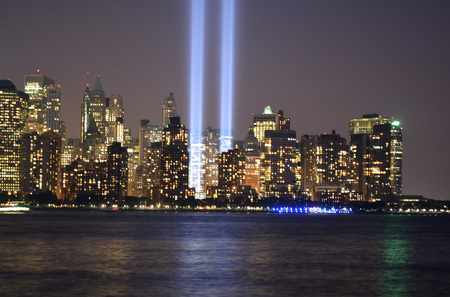 Tribute in Light en Lower Manhattan skyline