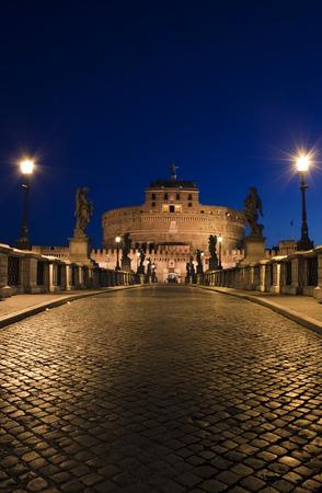 tevere: Night view of The Ponte degli Angeli, Castel SantAngelo, Rome, Italy