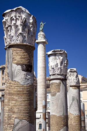 forums: View of the Trajans Column from the Trajans Market near Piazza Venezia, Rome, Italy