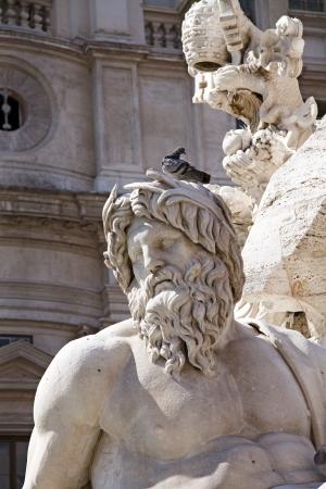 11 september: Roma, 11 de septiembre de 2012, la Piazza Navona, Italia. Detalle de la Fuente de los Cuatro R�os, mostrando del dios-r�o Ganges.