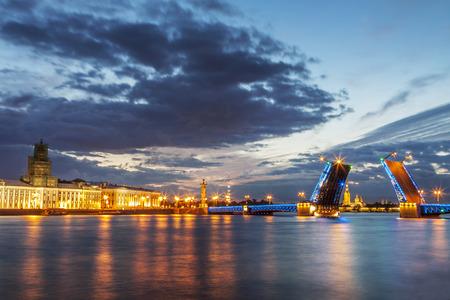 St. Petersburg en de witte nachtperiode Stockfoto