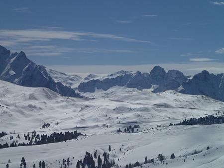 montañas nevadas: montañas nevadas en Italia