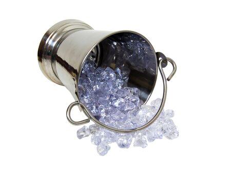 Cuchara de plata con punta largo y lleno de cubos de hielo utilizado para líquidos cool - incluidos