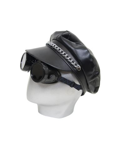 Black goggles and leather cap used for protection and fashion statement for the urban biker Stock Photo - 5297929