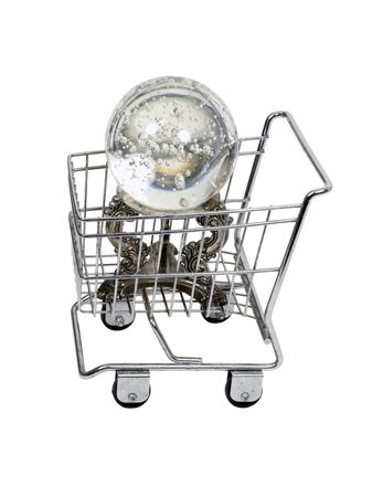 to foresee: Predicting shopping savvy deals shown by crystal ball in a shopping cart