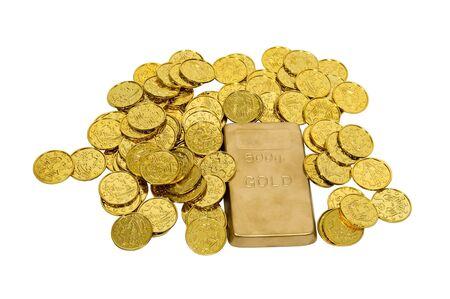 Grote gouden bar met vele gouden munten met succes, rijkdom en luxe  Stockfoto - 5683082
