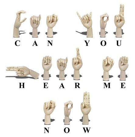 idiomas: Puede escuchar ahora en lenguaje de se�as americano y se expresa con gestos de mano visible para la comunicaci�n de los sordos