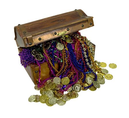 booty pirate: Pirate treasure chest with colorful necklaces and gold coins - path included
