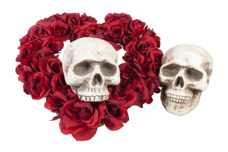 emo: Skull with Traditional Heart Shape Made of Red Roses