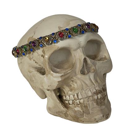 Skulll Het dragen van antieke edelstenen gerangschikt in sieraden - inclusief pad Stockfoto