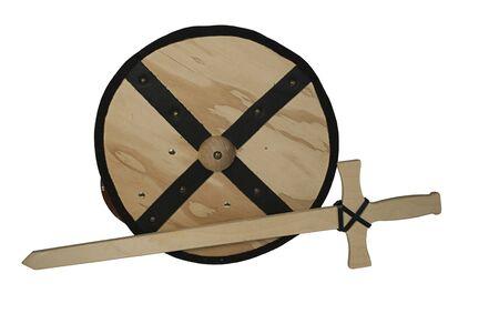Houten schild en zwaard - pad inbegrepen Stockfoto