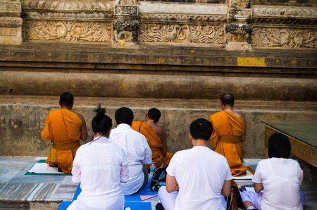 Monks and Buddhist people prepare to got mediations
