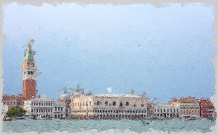San Marcos square in Venice, seen from the sea with hundreds of tourist walking on the edge of the lagoon 免版税图像