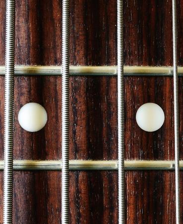 fret: Bass guitar 12th fret