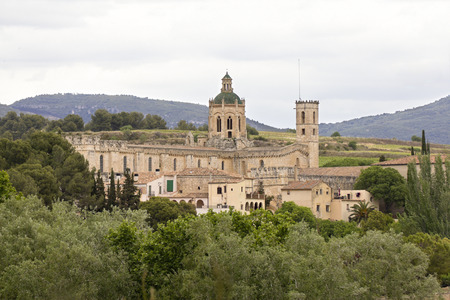 alt: The Royal Monastery of Santa Maria de Santes Creus is one of the jewels of medieval art and is located in the Catalan town of Santes Creus, capital of the municipality Aiguamurcia (Alt Camp).