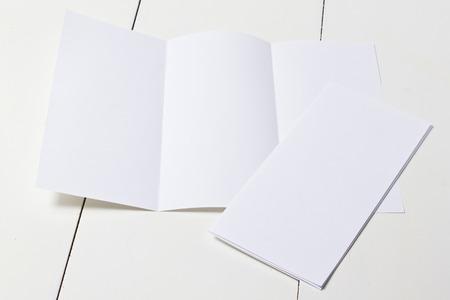 triptico: plantilla tríptico de presentación de las obras