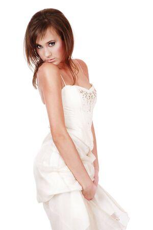 hesitating: Muy joven en busca vestido de novia con dudan de expresi�n