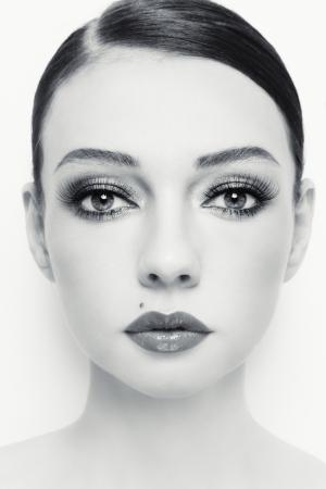 Close-up Portrait der jungen schönen Frau mit stilvollen Make-up Lizenzfreie Bilder
