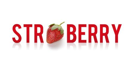 frutas divertidas: Fresa - diseño creativo de la tipografía de la diversión aislada en el fondo blanco, fruta fresca y el alfabeto Foto de archivo