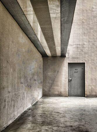 salida de emergencia: puerta de salida de emergencia Foto de archivo