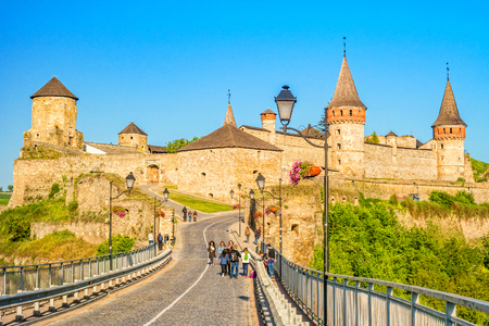 Kamianets-Podilskyi, Ukraine - May 2017: Ancient medieval Kamianets-Podilskyi castle in Ukraine. 新聞圖片