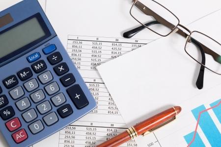 El equilibrio y c�lculo de los resultados de una contabilidad de las empresas Foto de archivo