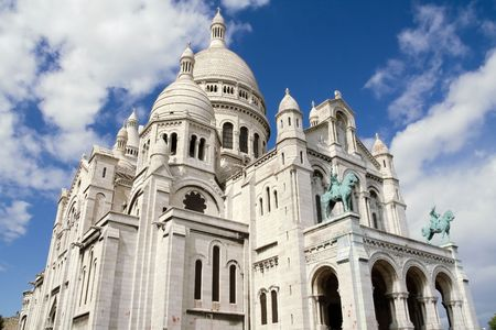 Sacre Coeur Basilica in Montmatre, Paris photo