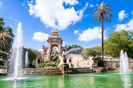 parc: Fountain of Parc de la Ciutadella, in Barcelona, Spain