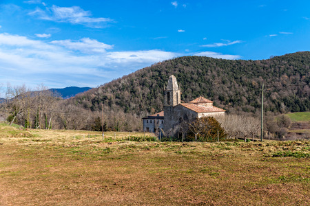 romanesque: Romanesque church in La Garrotxa, Catalonia