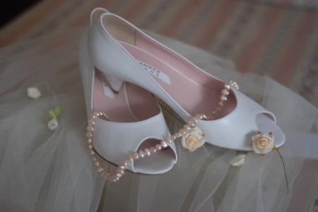 靴とネックレス