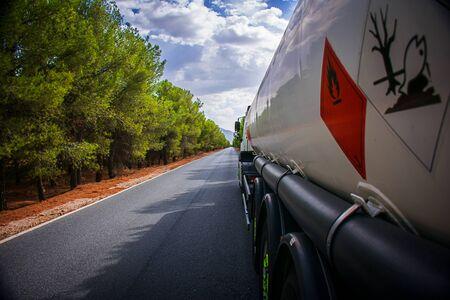 Tanker truck