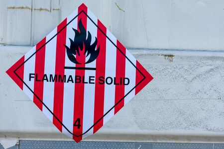 Danger label for the transport of flammable solids