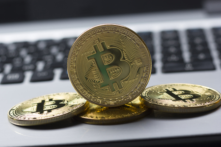 Bitcoin gold coin. Cryptocurrency concept. Virtual currency background. 写真素材 - 97962040