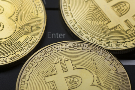 Bitcoin gold coin. Cryptocurrency concept. Virtual currency background. 写真素材 - 97962039