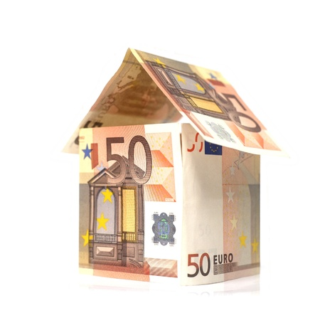 maquette: Maison construite en billet de 50 euros Stock Photo