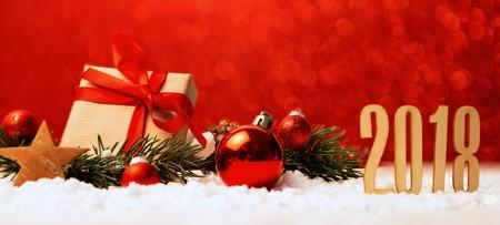 Vista de un fondo feliz año nuevo 2018 con decoración de Navidad