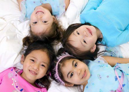 Aufwachsen und die Kinder. Fun, Erforschung, Entdeckung, Jugend Standard-Bild - 3495770