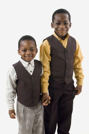 Zwei Afrian amerikanischen Brüder posieren für ein Bild. Standard-Bild - 3523197