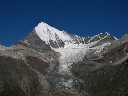 Weisshorn, 4506 m  Stock Photo - 15200801