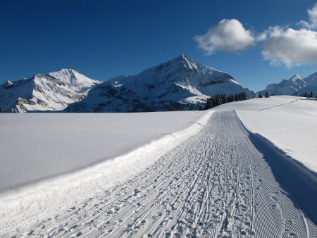 Wildstrubel and Spitzhorn in the winter, mountains
