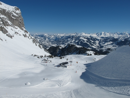 saanenland: Ski area Eggli - Videmanette, Saanenland Stock Photo
