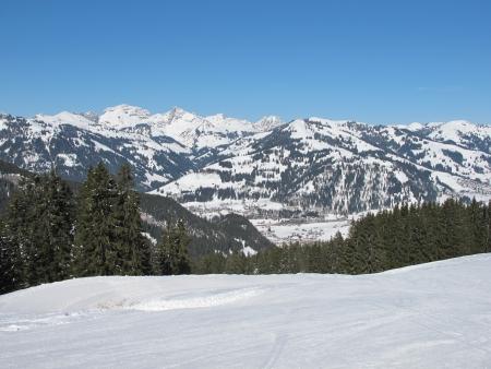 gstaad: Scenery near Gstaad, winter Stock Photo