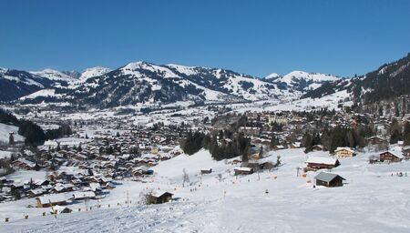 gstaad: Gstaad, village and holiday resort in the Swiss Alps