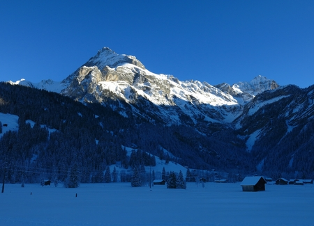 saanenland: Spitzhorn in the evening light, view from Gsteig bei Gstaad