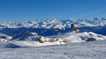 saanenland: Ski lift and mountain panorama, view from Glacier de Diablerets